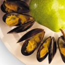 Curried Mussels with Fresh Pear